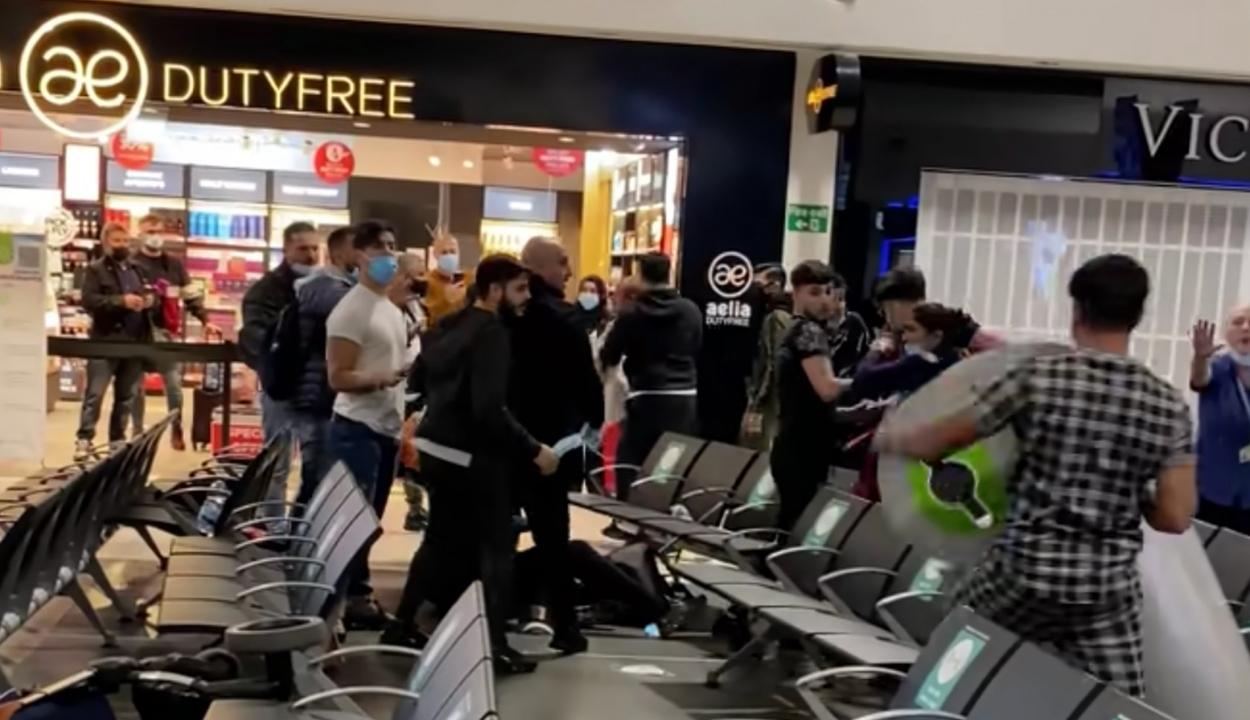 Több mint egy tucatnyi román verekedett össze egy londoni reptéren