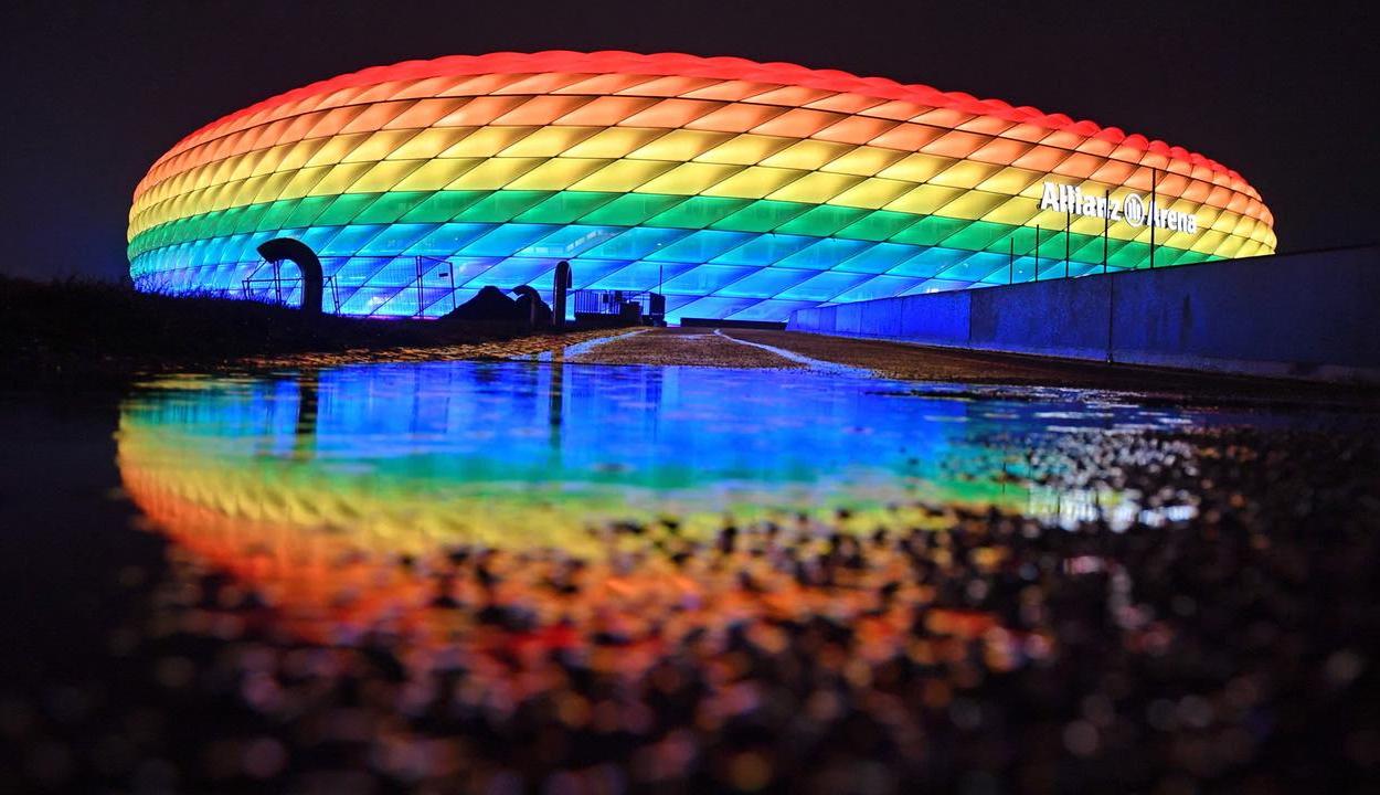 Az UEFA nem engedélyezi a müncheni stadion szivárványszínű díszkivilágítását