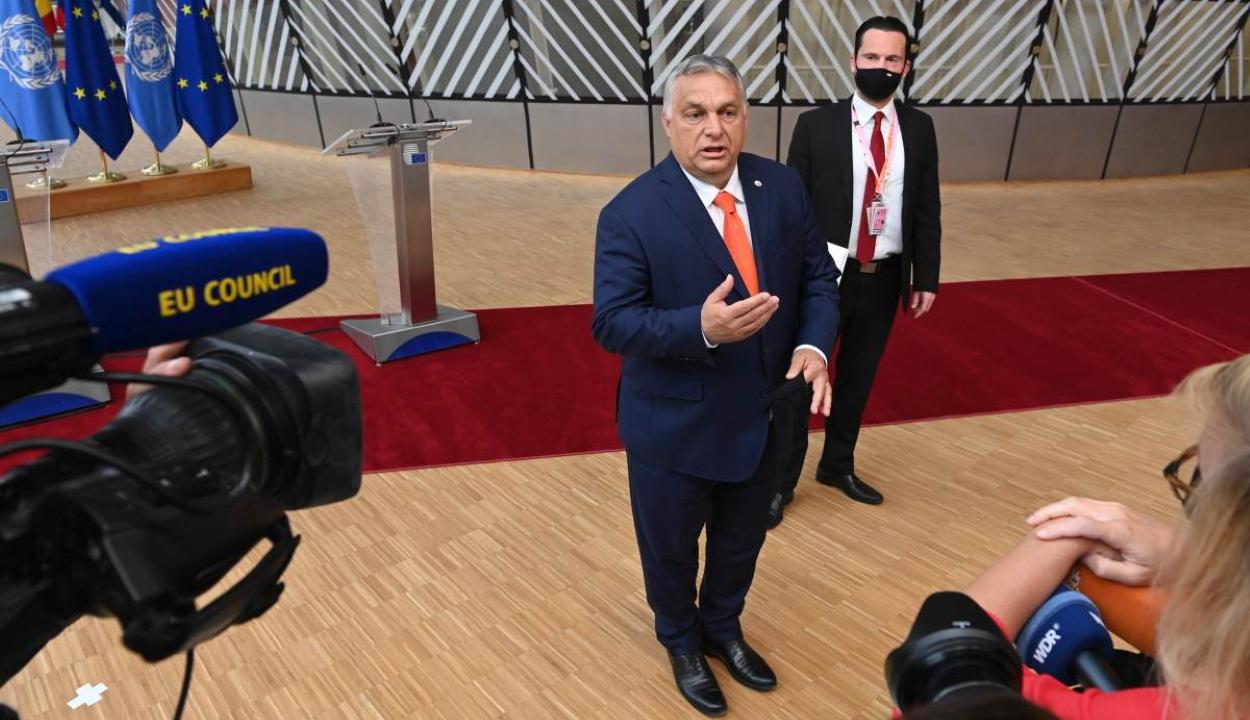 EU-csúcs: össztűz zúdult Orbán Viktorra a pedofiltörvény miatt