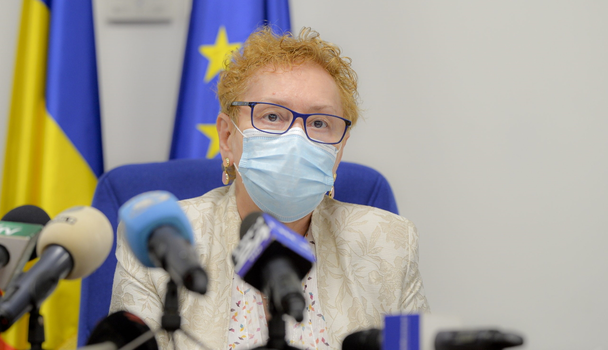 Beperelte Renate Weber a parlamentet, miután az menesztetta az ombudsmani tisztségből