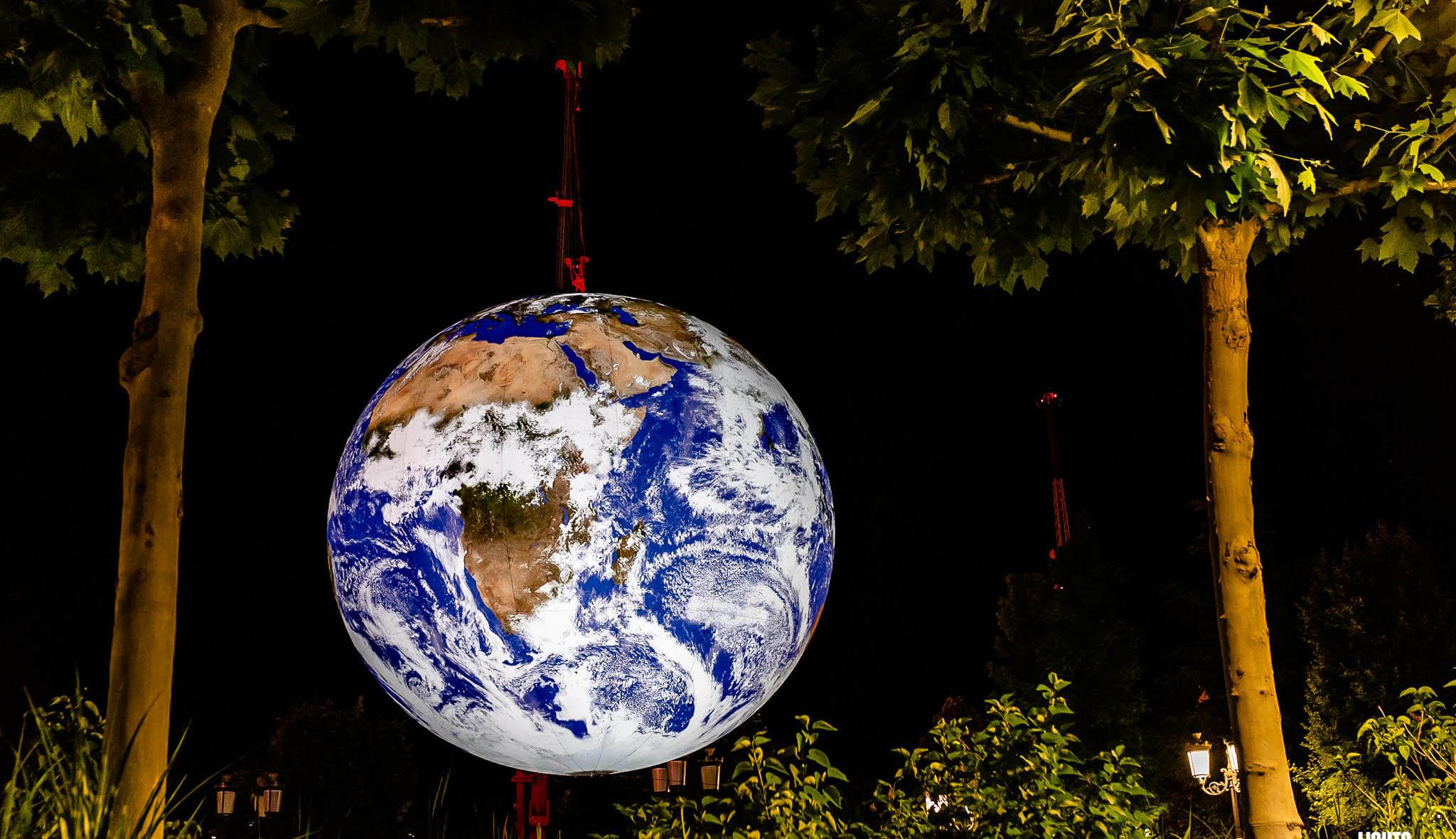 Föld-installáció Sepsiszentgyörgyön