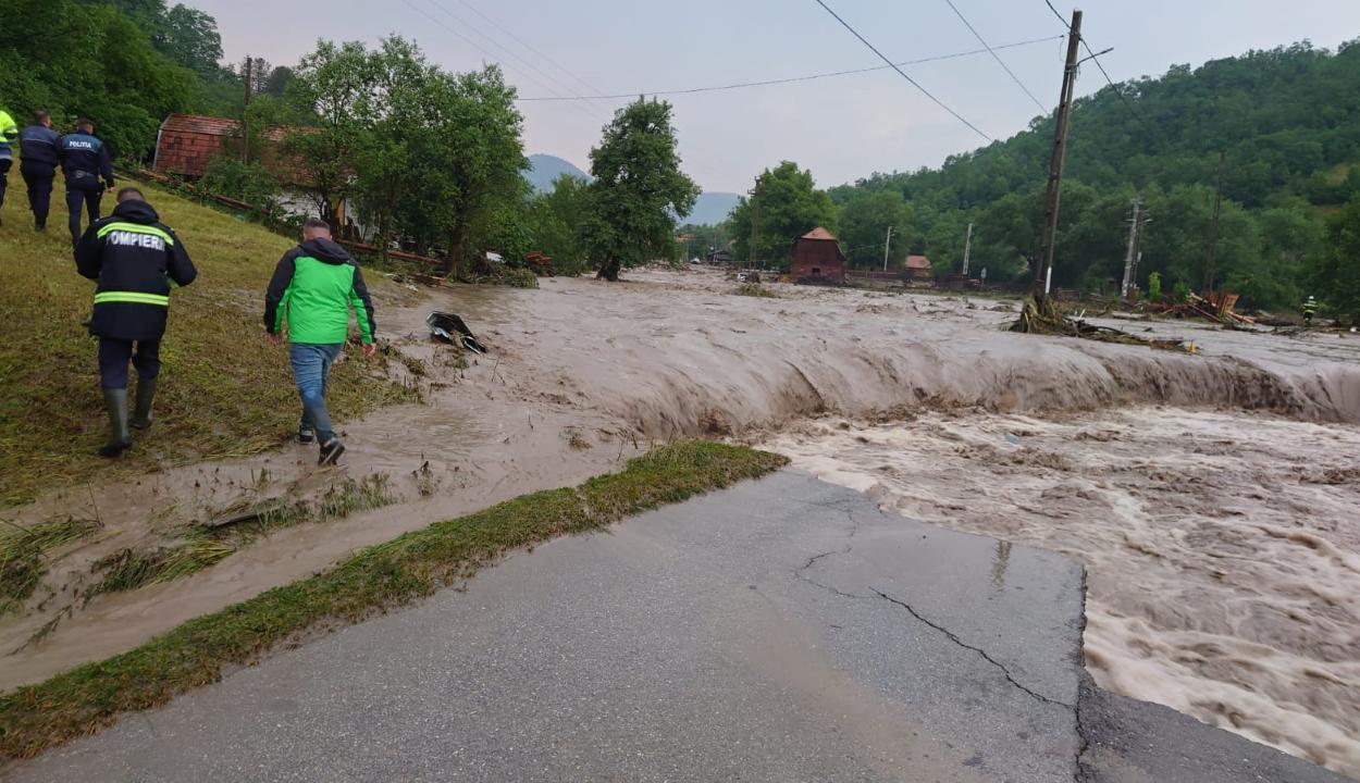 148,7 millió lejes támogatást hagyott jóvá a kormány 17 katasztrófa sújtotta megye számára