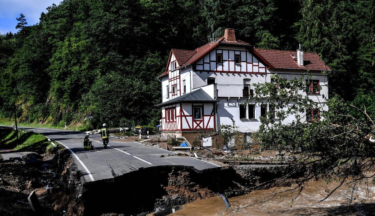 Legalább nyolcvan halálos áldozata van a németországi áradásoknak