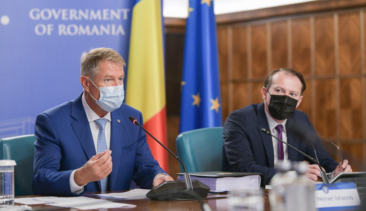 Klaus Iohannis államfő kiállt Florin Cîțu miniszterelnök mellett