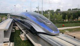 """600 kilométer/órára képes a kínai """"lebegő"""" vonat"""