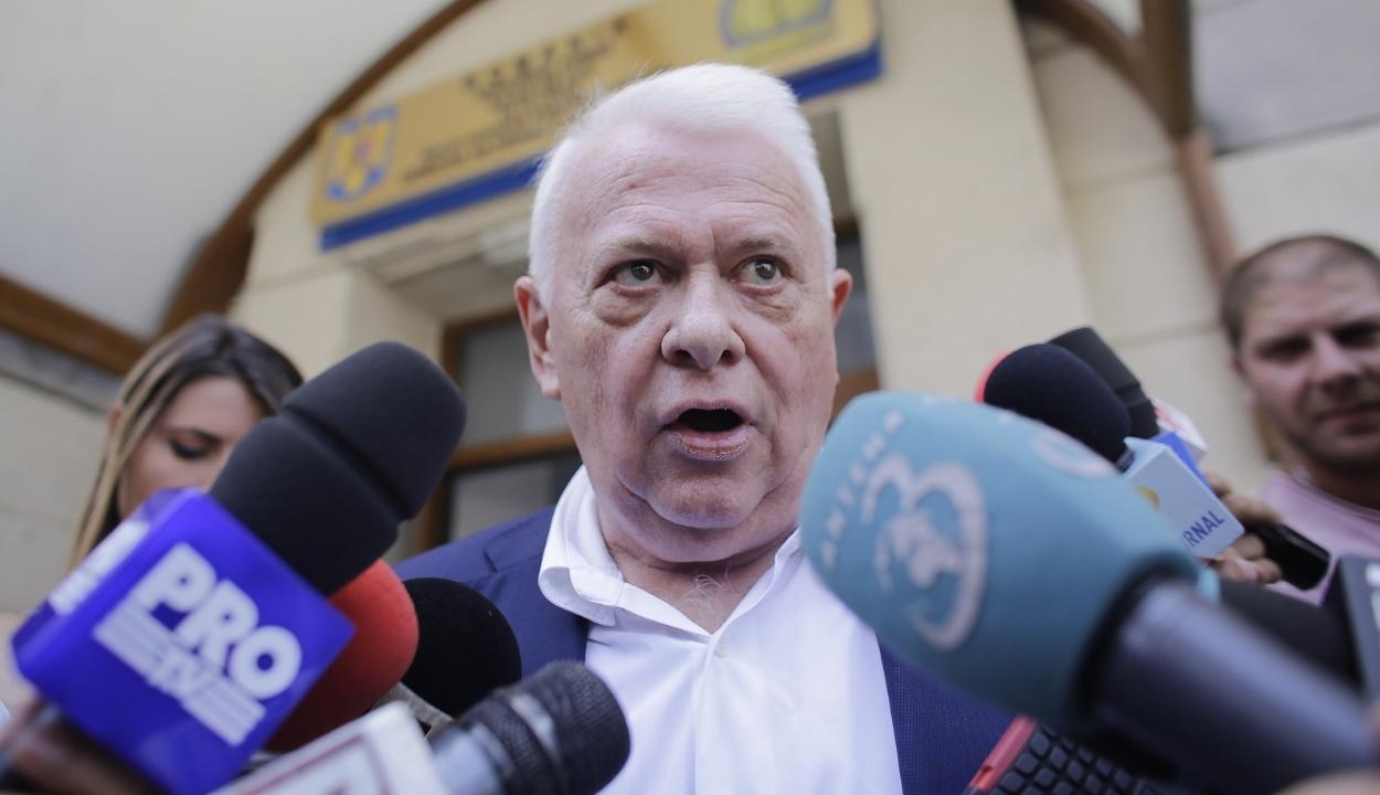 Jogerősen három év letöltendő szabadságvesztésre ítélte a bíróság Viorel Hrebenciucot