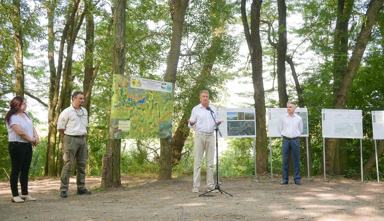 Iohannis: fel kell ismernünk az éghajlatváltozás elleni küzdelem és a környezetvédelem fontosságát