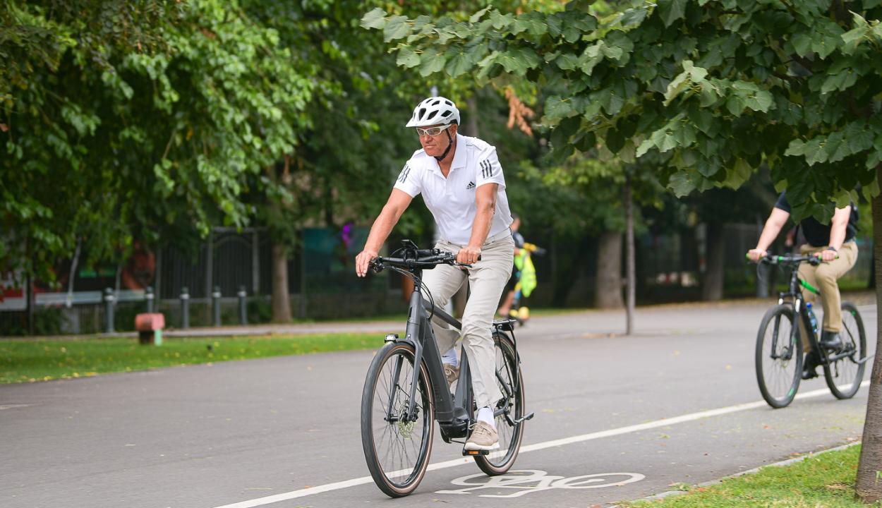 Iohannis: a mozgás fontos az egészségünk megőrzése érdekében