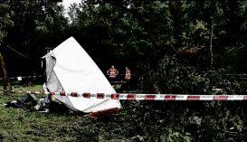 Fa zuhant egy sátorozó családra, egy kislány meghalt