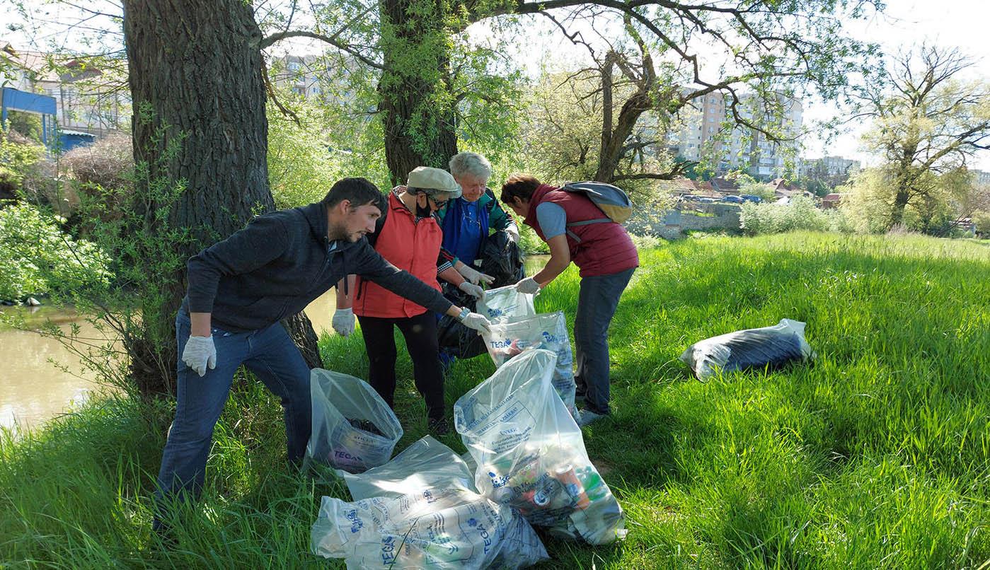 Szombaton közösségi takarítás