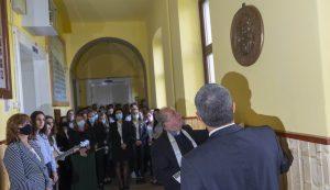 A Nagy Mózes-líceumban egy P. Kelemen Didákot ábrázoló domborművet helyeztek el az olvasóterme előtti falra