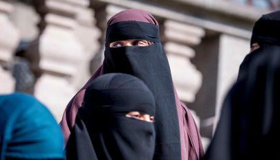 Szigorú szabályokat vezettek be a diáklányoknak a tálibok