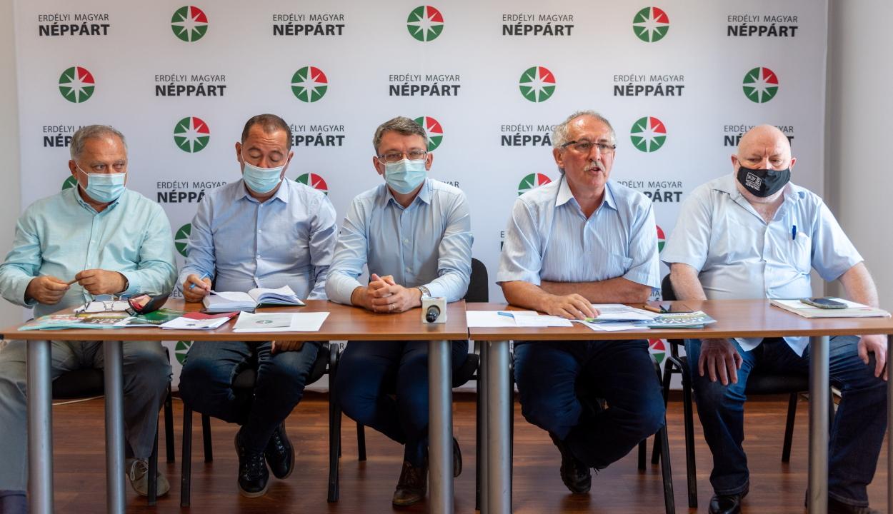 Az EMNP helyi szinten versenyre, országosan együttműködésre készül az RMDSZ-szel