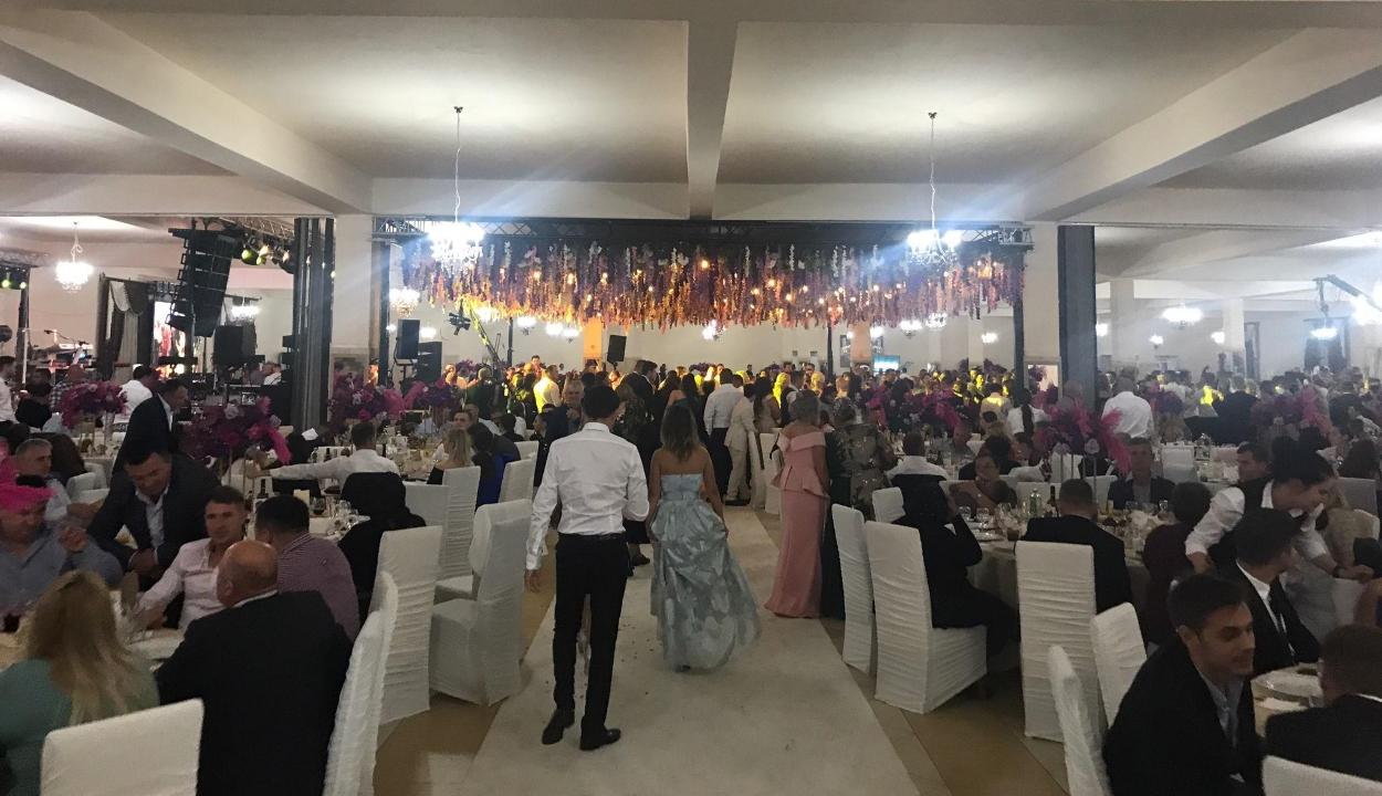 1700 fős esküvőt tartottak egy Szatmár megyei faluban