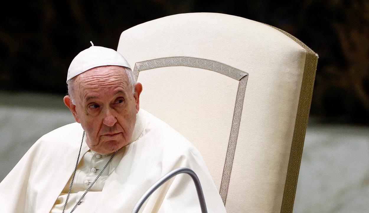 Ferenc pápa: az országoknak fel kell mérniük, hány bevándorlót tudnak befogadni
