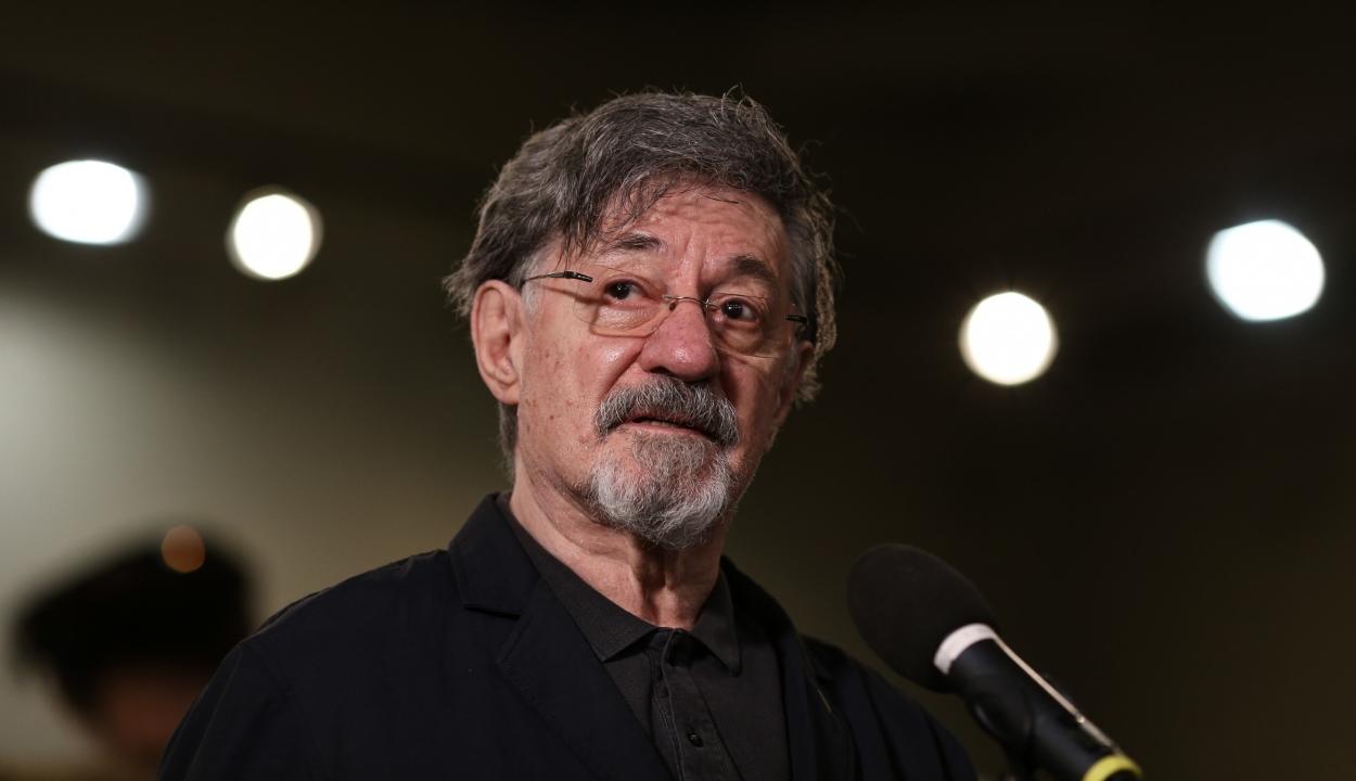 Elhunyt Ion Caramitru román színész, az UNITER elnöke