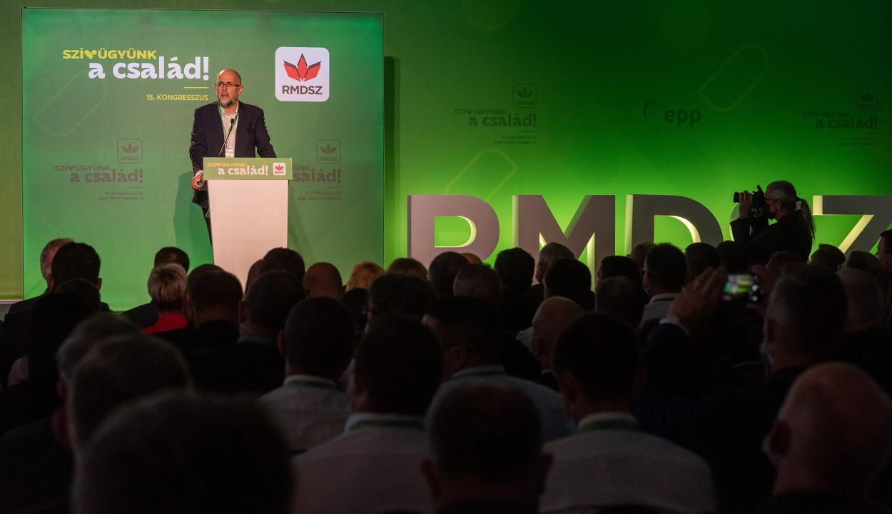 RMDSZ-kongresszus: Kelemen Hunor szerint a nemzeti identitás a legfontosabb közösségszervező elv