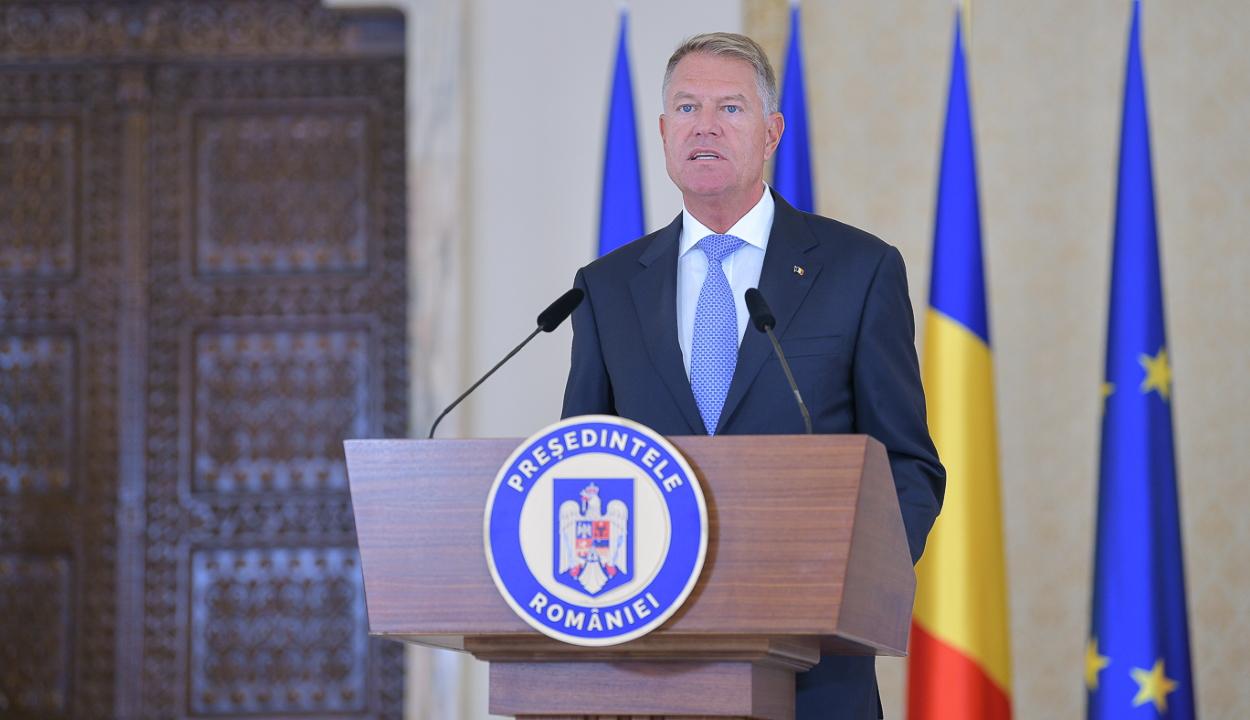 Iohannis: kötelezővé kell tenni a koronavírus elleni oltást az egészségügyben dolgozók számára