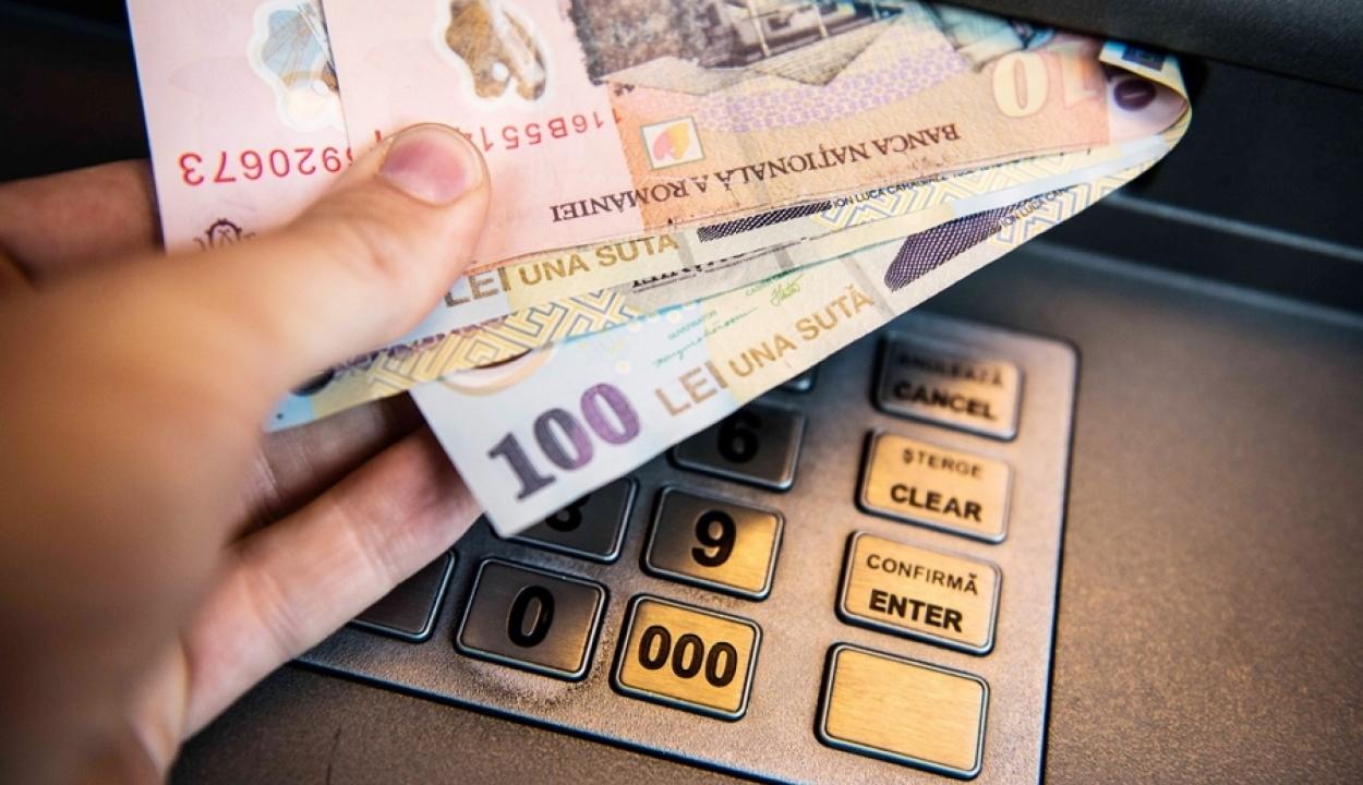 A nettó országos minimálbér 10 százalékos megemelését javasolja január elsejétől a kormány