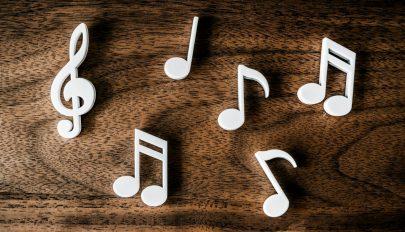 A fülbemászó zenék úgy terjednek, mint egy vírus
