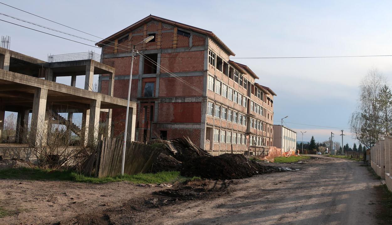 Drágult az építőanyag, többe kerül az iskola