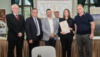 Sepsiszentgyörgyi diákot díjaztak