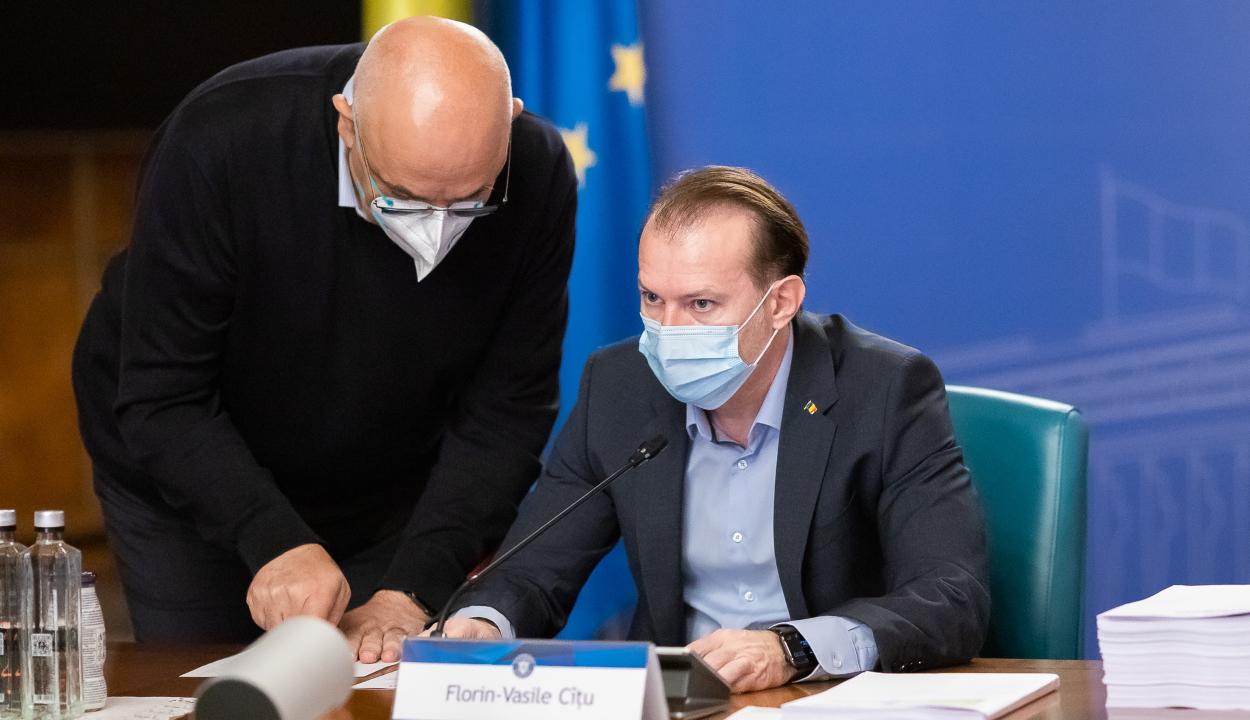 Korlátozzák a kijárást és újra bevezetik a maszkviselést a magas fertőzöttségű településeken